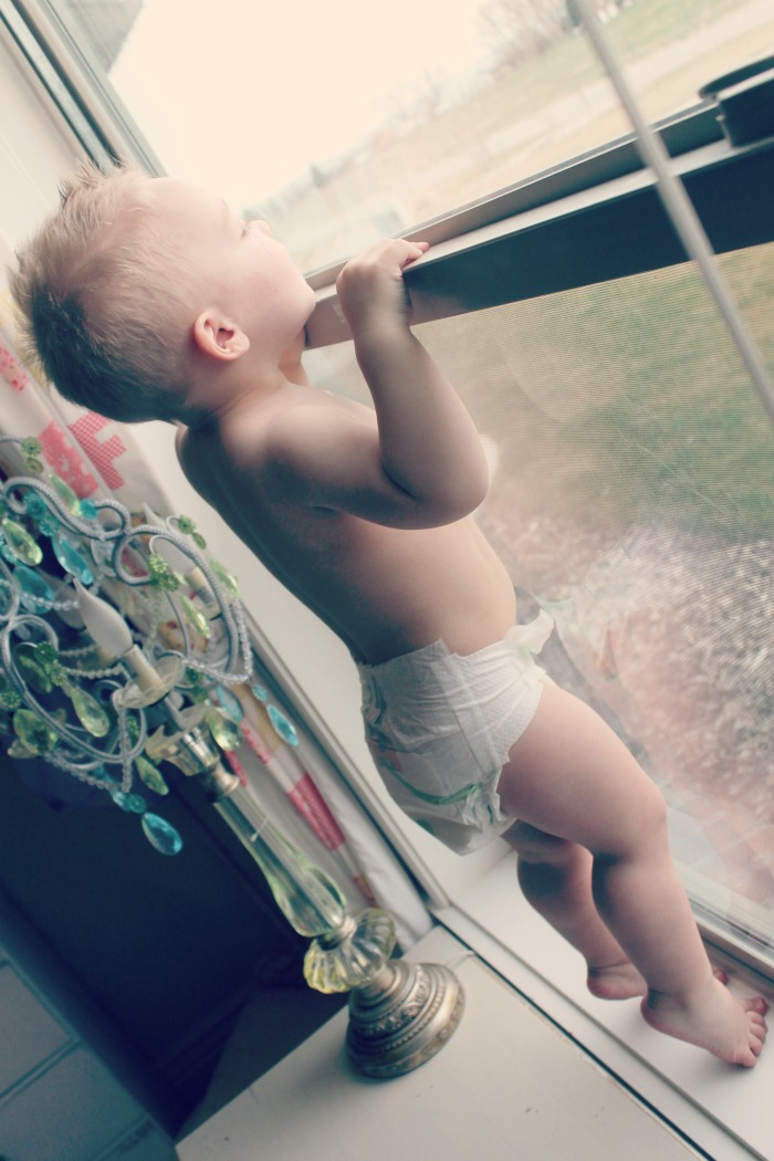 Baylor…my busy boy #momtomomdiapers
