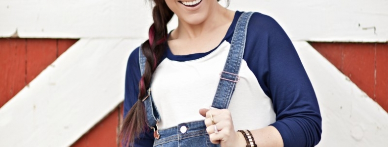 the best way to wear those overalls you didn't know were back in style! {Fashion}