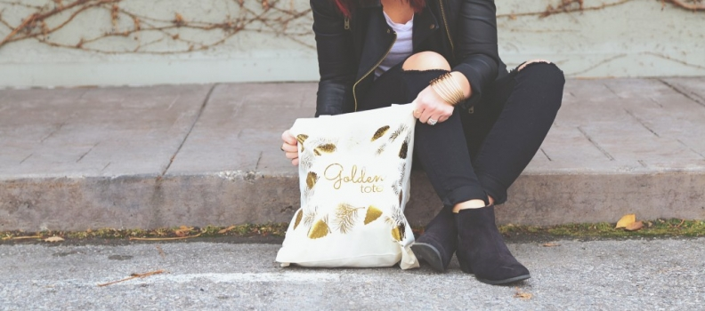 A STRESS-LESS holiday with GOLDEN TOTE! fashion