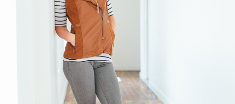 Put those grey skinny jeans to good use this Fall! {Fashion}